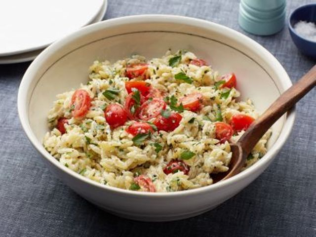 Orzo Salad with Basil and Tomatoes