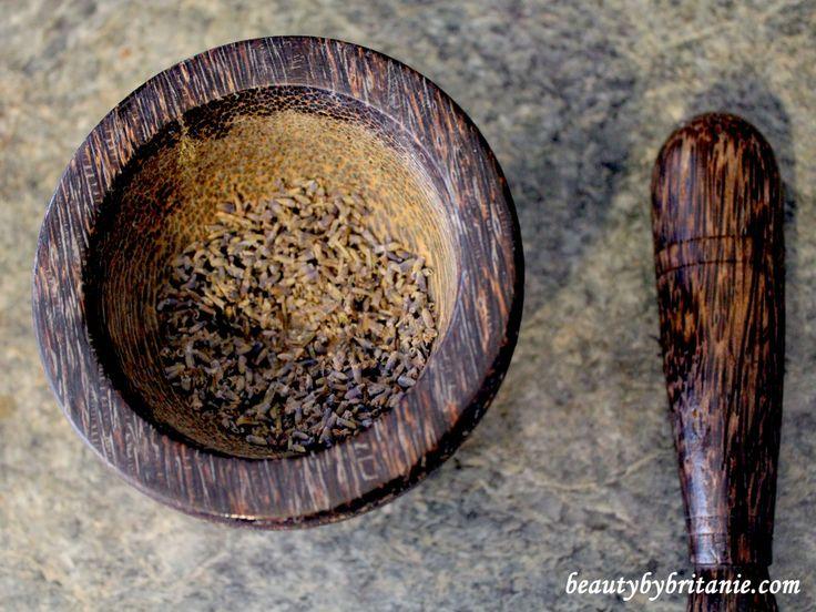 Lavender vanilla brown sugar scrub | Discover DIY | Pinterest