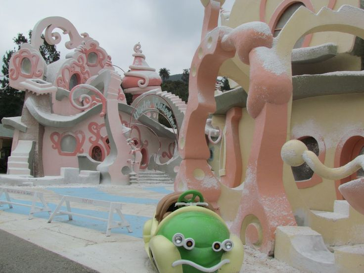 whoville houses - Google Search | Gingerbread Houses | Pinterest