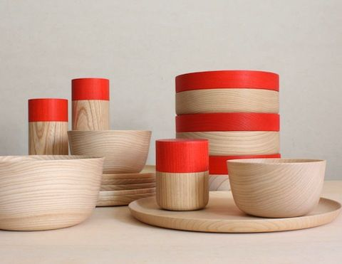 Wooden plates and bowls by Japanese design shop Mute. Gorgeous!