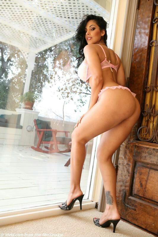 Nina Mercedez