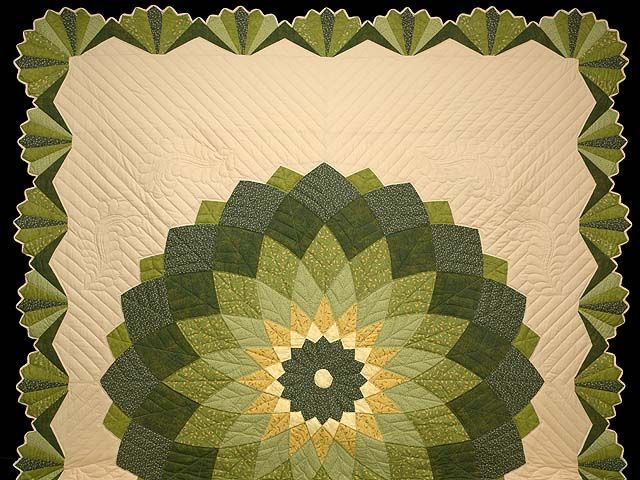 Giant Dahlia Quilt Images : Green and Tan Giant Dahlia Quilt Photo 2 Backs - Bindings - Borders?