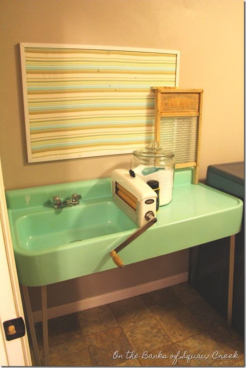 Vintage Laundry Room Sink : laundry room with vintage farmhouse style - vintage aqua sink and hand ...