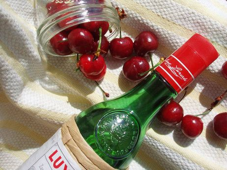 "Homemade ""Maraschino"" Cherries (Without The Alcohol) Recipe ..."