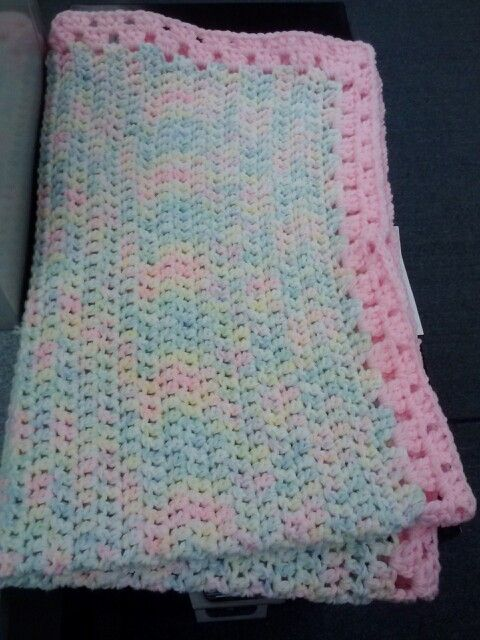 Crochet Double Strand Baby Blanket Pattern : Pin by alina mechelewski on Cro - Variegated Yarn/for ...