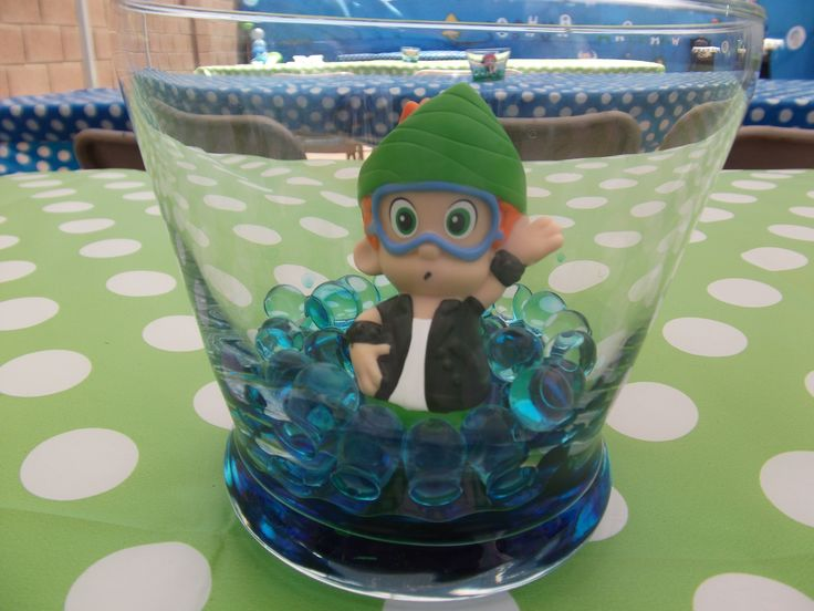 Birthday bubble guppies centerpieces avery 39 s first birthday party pinterest - Bubble guppies center pieces ...