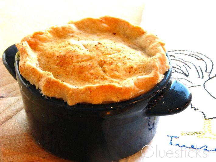 Individual Chicken Pot Pies | DIY BOARDS | Pinterest