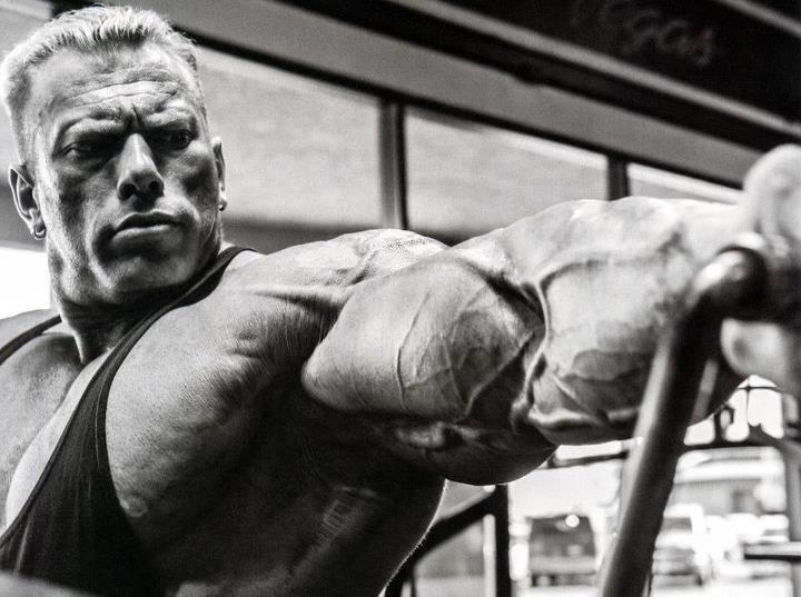 Dennis wolf bodybuilding