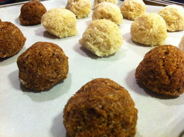 Oaxacan Cinnamon Chocolate Macaroons Recipe — Dishmaps