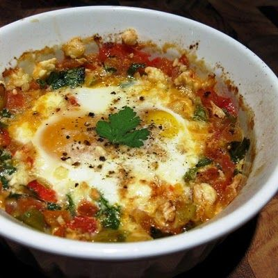 Dragon's Kitchen: Baked Eggs With Tomato, Green Onion & Red Pepper