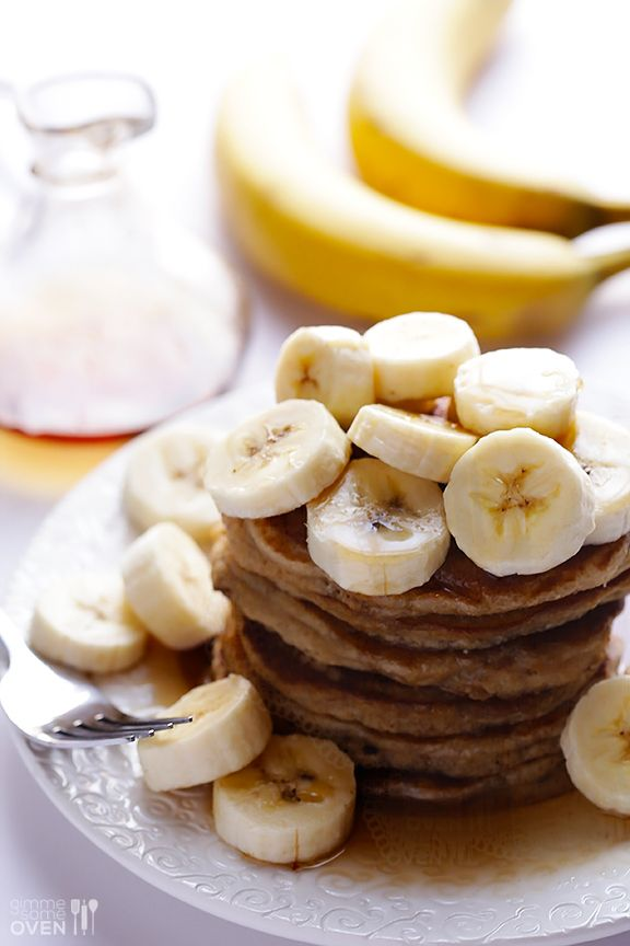 Lighter Banana Pancakes Recipe | This quick and easy recipe is perfect for breakfast! gimmesomeoven.com