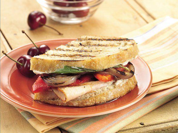 Turkey and veggie sandwich recipe dishmaps for Thanksgiving turkey sandwich recipe
