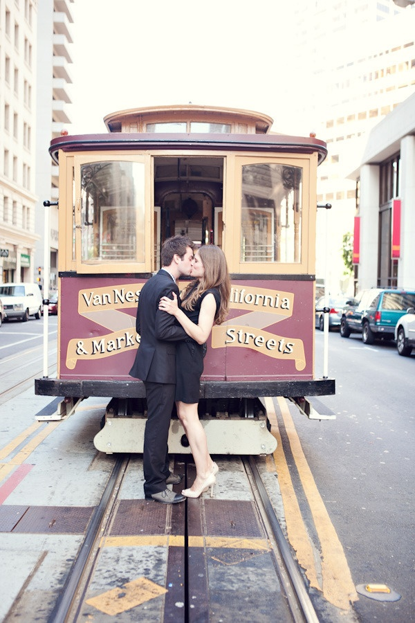 what San Francisco engagement would be complete with out this shot?  Photography by chrisandadriennescott.com