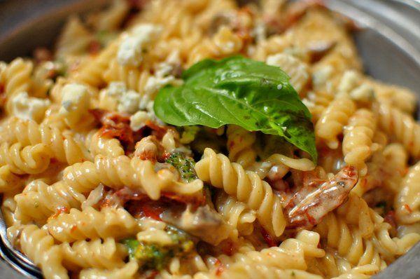 Fussili Quatro Formaggio Fussili pasta with parmesan cheese, blue ...
