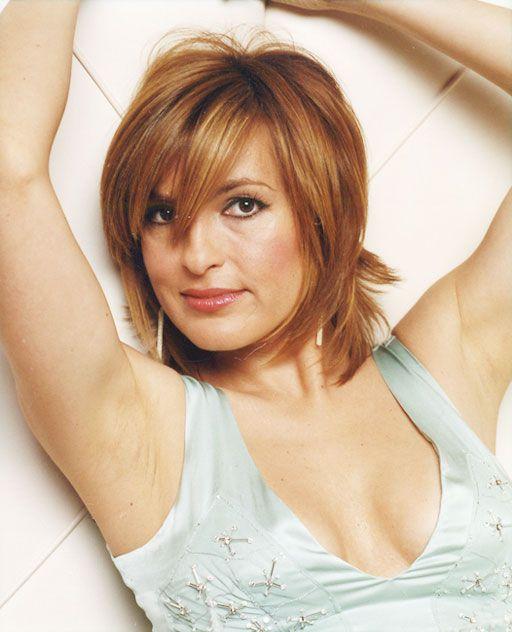 mariska hargitay hairstyles | Mariska Hargitay cleavage measurements