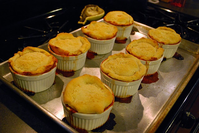 Pizza Pot Pies | Food I must make | Pinterest
