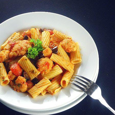 Pasta Puttanesca with Cauliflower | Vegetarian Recipes | Pinterest