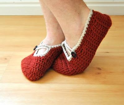 Mary Jane slippers - free pattern crochet Pinterest
