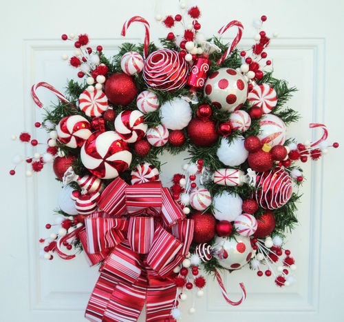Disney christmas wreath mickey mouse peppermint red and white