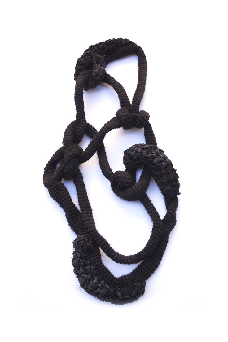 Ansiosa Hormona / Jessica Morillo - necklace 6 - coll. Unisex portable sculptures Freedom 2012 - varied textures wool - reused textiles - crochet