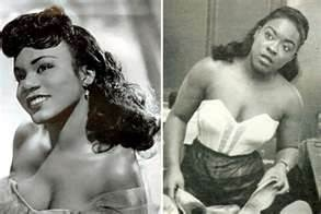 oHair  historians, such as Lori L. Tharps and Ayana D. Byrd, state that in 1950, an Ohio housewife and hairdresser named Christina Jenkins invented hair weaves and patented her unique hair weaving technique. Jenkins, the wife of a jazz musician, thought it would be more feasible to sew hair directly to the head instead of weaving hair together and attaching it to the scalp with pins.