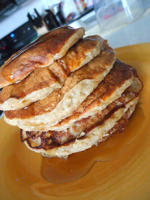 Cinnamon Oatmeal Banana Pancakes | To eat | Pinterest