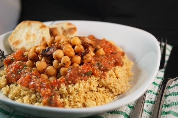 HEALTHYRECIPE - Chili Chickpea Couscous with Roasted Sweet Potato ...