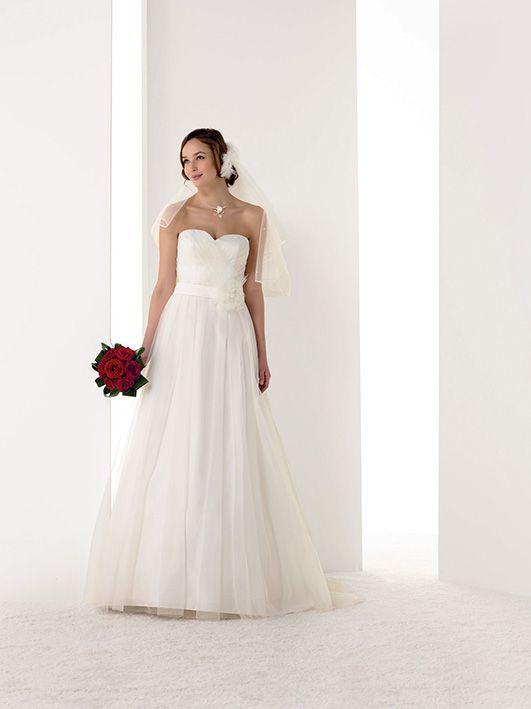 Robes de mariée Melle Fany - Pronuptia  Robe de mariée  Pinterest
