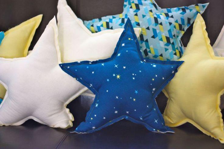 #PANDORAloves... Cute DIY star pillows. Sewing Pinterest