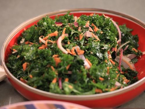 SPICY KALE SALAD 1 bunch (20 leaves) of kale, washed, dried, and ...