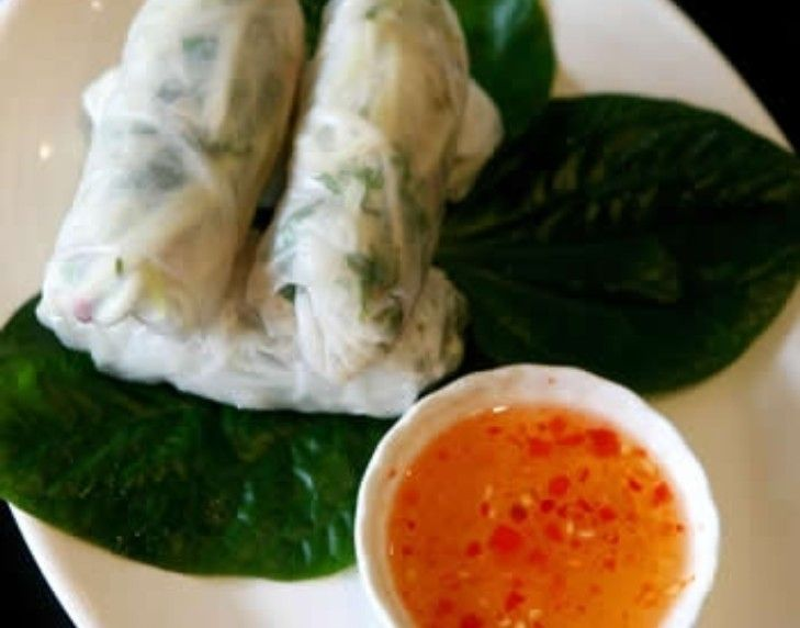 Chicken and green mango rice paper rolls | FOOD! | Pinterest