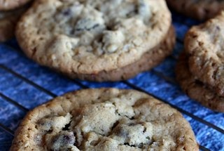 Peanut Butter Chocolate Chip Oatmeal Cookies with Sea Salt