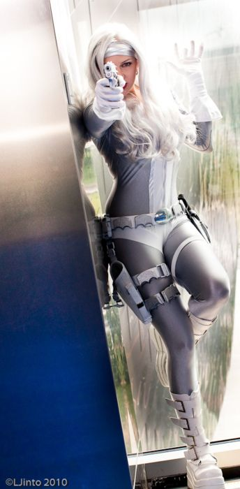 Silver Sable cosplay.