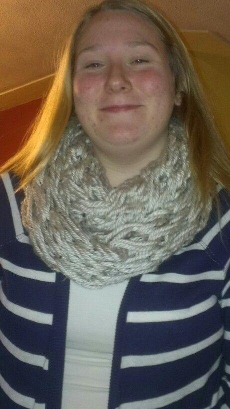 Arm knitting infinity scarf crochet plans pinterest