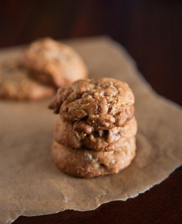 Brown Butter Oatmeal Chocolate Chip Cookies from @Angie McGowan (Eclectic Recipes)