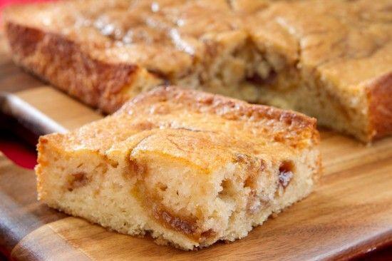 Warm Caramel Apple Cake | Dessert Ideas | Pinterest