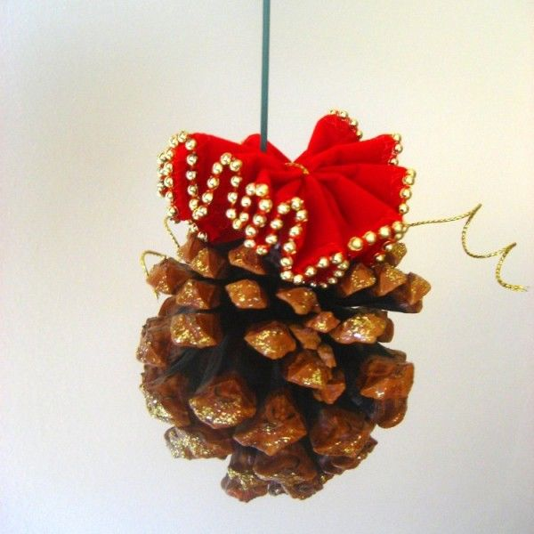 Pine Cone Christmas Craft Ornaments