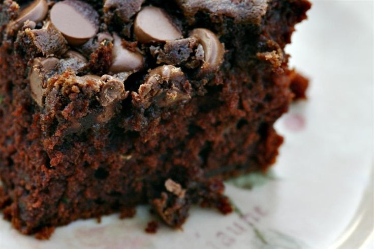 chocolate chip zucchini cake | NOM | Pinterest