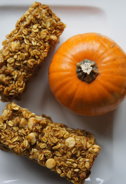 yums and loves: Pumpkin Granola Bars | food- Sweet Stuff | Pinterest