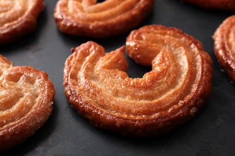 Palmiers...a puff pastry rolled in sugar and baked to crispiness ...