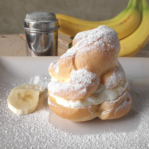 Banana Cream Puffs    The Food Pusher