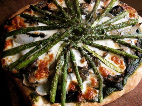 Asparagus & Portobello Mushroom Pizza | Nutritious and Delicious | Pi ...