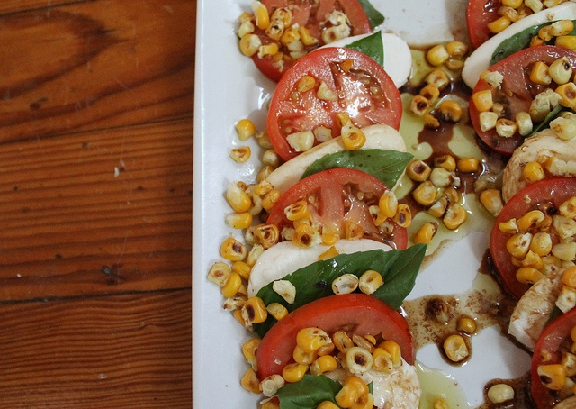 Toasted-corn Caprese salad - #caprses #salad #corn