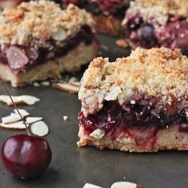 Cherry Almond Crumb Bars | Raise the bar | Pinterest