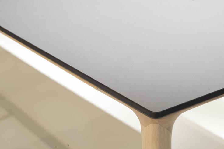 Blat stołu z technologii Nano-Tech