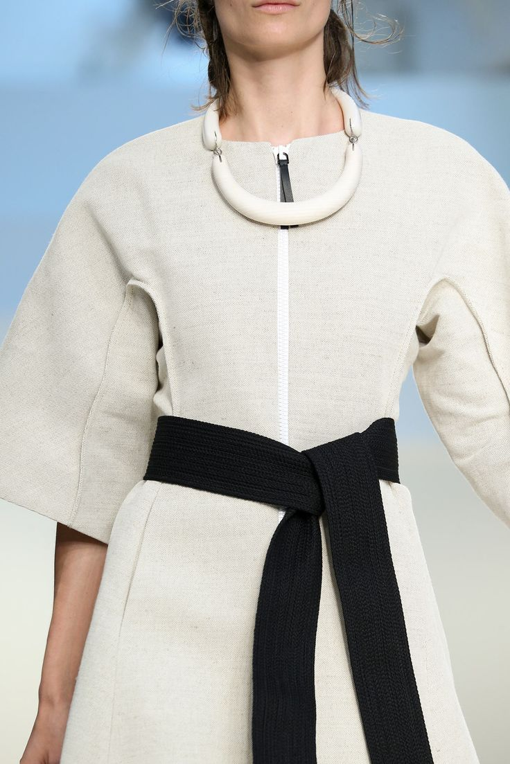 Marni Spring 2015 Ready-to-Wear - Collection - Gallery - Style.com OCTOBER 2014 BEAUTIFUL SIMPLICITY CANVAS