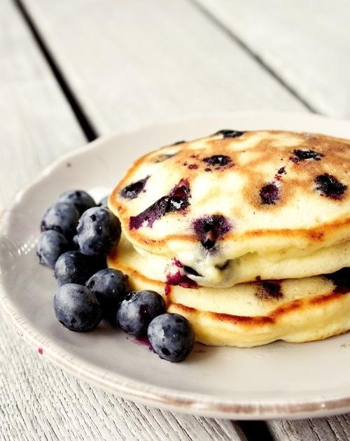 blueberry yogurt pancakes | Food | Pinterest