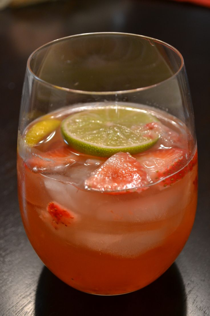 White Zinfandel Sangria | Drinks worth investigating | Pinterest