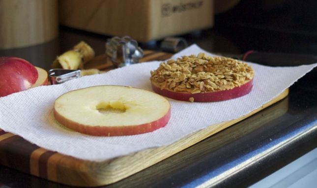 Apple Bagelwiches: The Perfect Fall Snack