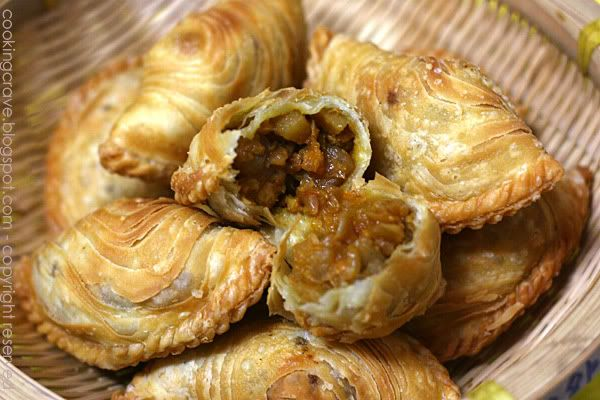 curry puffs | Food to try | Pinterest